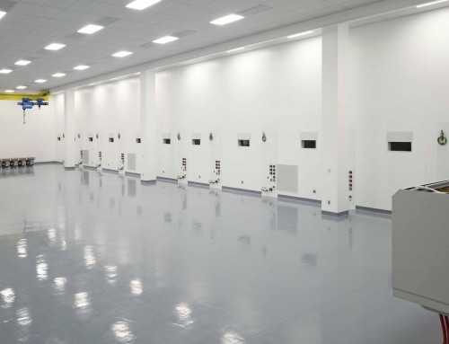 ALMAX EIS Finishes New Class 1000 Clean Room